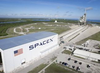 spacex razzo lancio