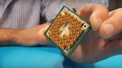QuTech cpu quantistica Intel la CPU quantistica Chip quantistico processore intel quantistico 17 qubit Calcolo quantistico