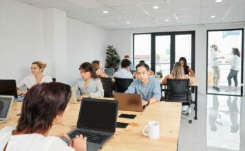 Come ridurre la temperatura negli spazi aziendali